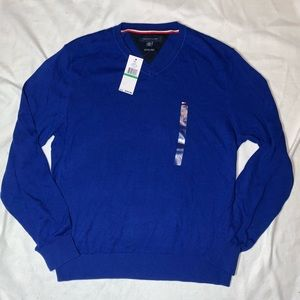 NWT - Tommy Hilfiger V Neck Sweater